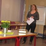 Stine Mari Solheim fra Tirsdagsteamet i BUS innleder til diskusjon